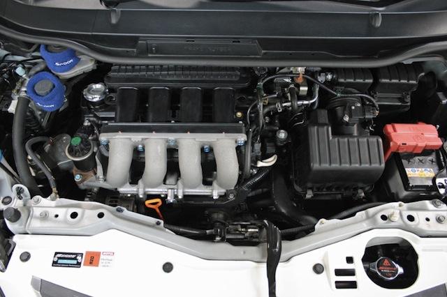 Honda Fit тюнинг от Spoon двигатель